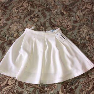 High rise white skirt